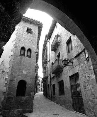 Sos del Rey Catolico, Arch